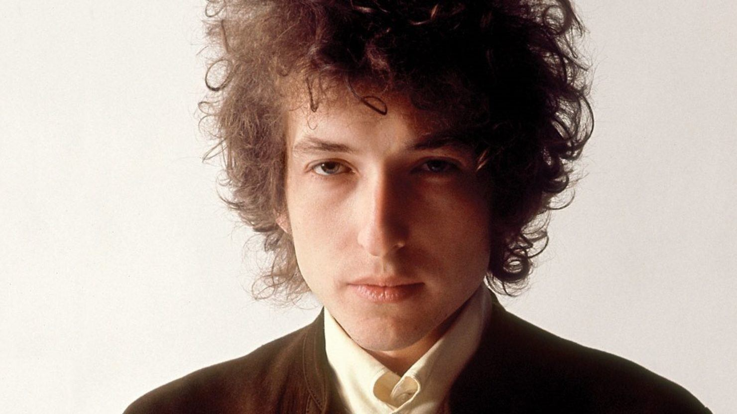 50 years ago heckler calls bob dylan judas for The dylan