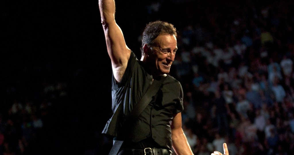 bruce springsteen will not tour with the e street band in 2019. Black Bedroom Furniture Sets. Home Design Ideas