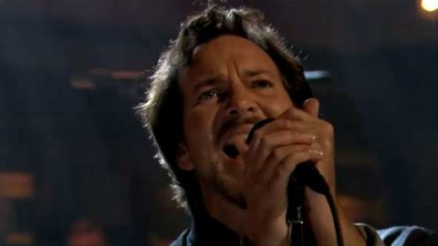 DVR Rewind   Pearl Jam Offers First Of Two Fallon Performances