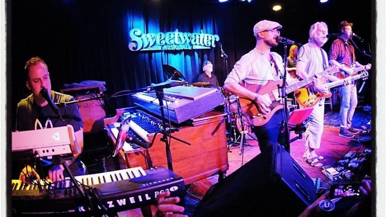[UPDATED] Bob Weir Guests With Billy & The Kids At ...