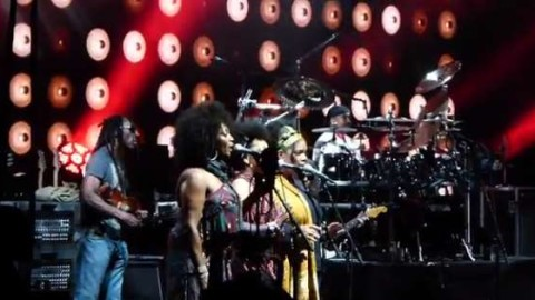 The Lovely Ladies Return With Dave Matthews Band In Holmdel