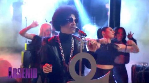 Prince Debuts New Song FUNKNROLL On Arsenio