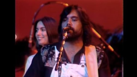 Remembering Lowell George | Little Feat With Emmylou & Bonnie