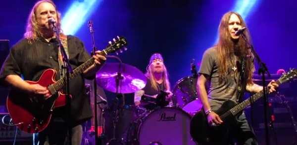 Blackberry Smoke Guitarist Joins Gov't Mule For Can't You See