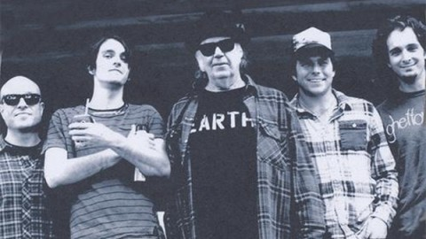 Video | Neil Young & Promise Of The Real - Cortez The Killer