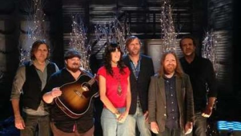 Video   Nicki Bluhm And The Gramblers Holiday Song