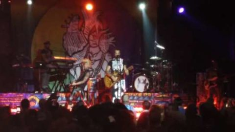 Michael Franti Pays Tribute To Lou Reed In Fort Lauderdale
