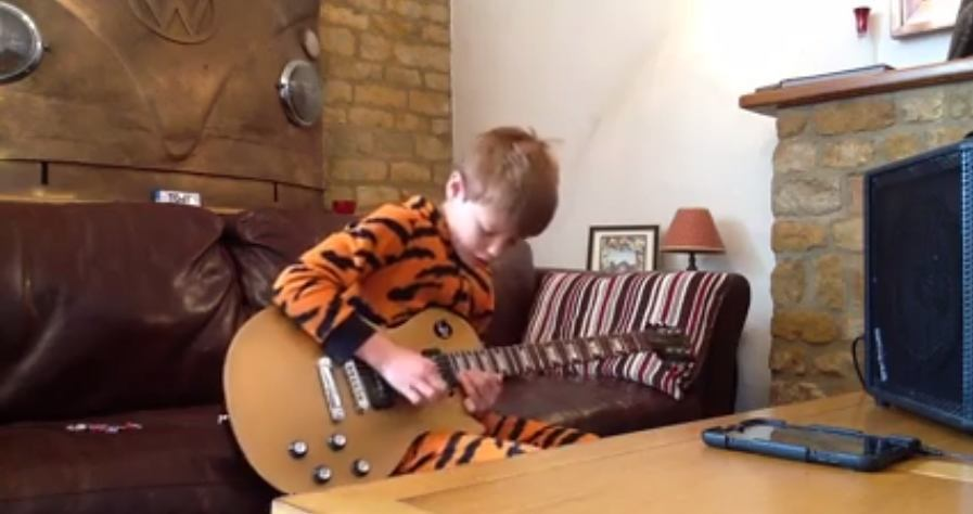 Video | 10 Year Old Toby Lee B.B. King Tribute