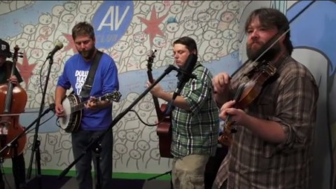 Cover Alert   Trampled By Turtles - Owner Of A Lonely Heart