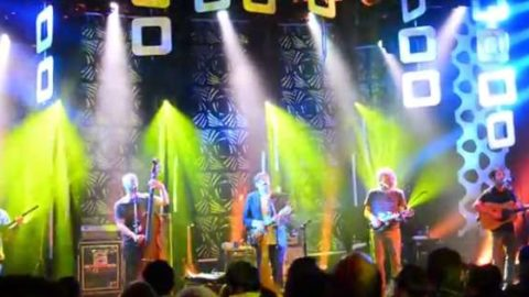 Video   Yonder Mountain And Sam Bush Ring In 2014