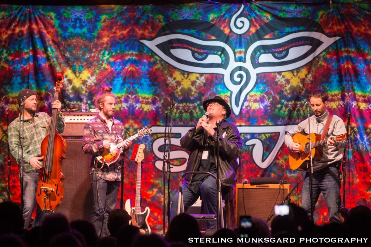 Yonder Mt String Band with John Popper 2