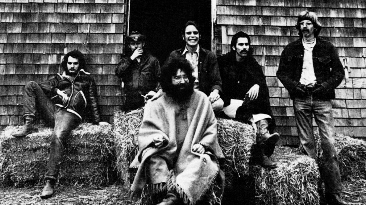The Grateful Dead Welcomes The Beach Boys At Fillmore East On This Date In 1971