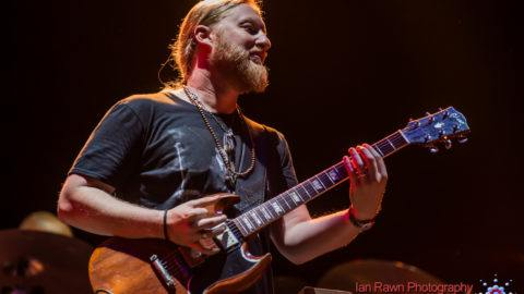 Eddie Vedder Derek Trucks Bill Murray Collaborate On Cover Of The