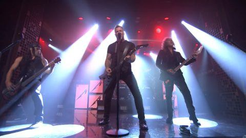 Metallica makes the tonight show debut utter buzz metallica tonight show screengrab crop fandeluxe Image collections