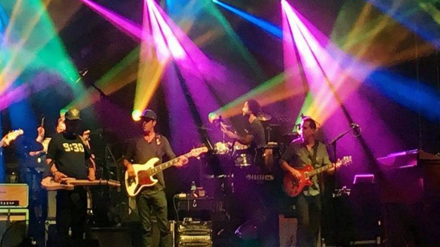 Umphrey's McGee Debuts Cover And Welcomes Anders Beck & Jennifer Hartswick At North Coast