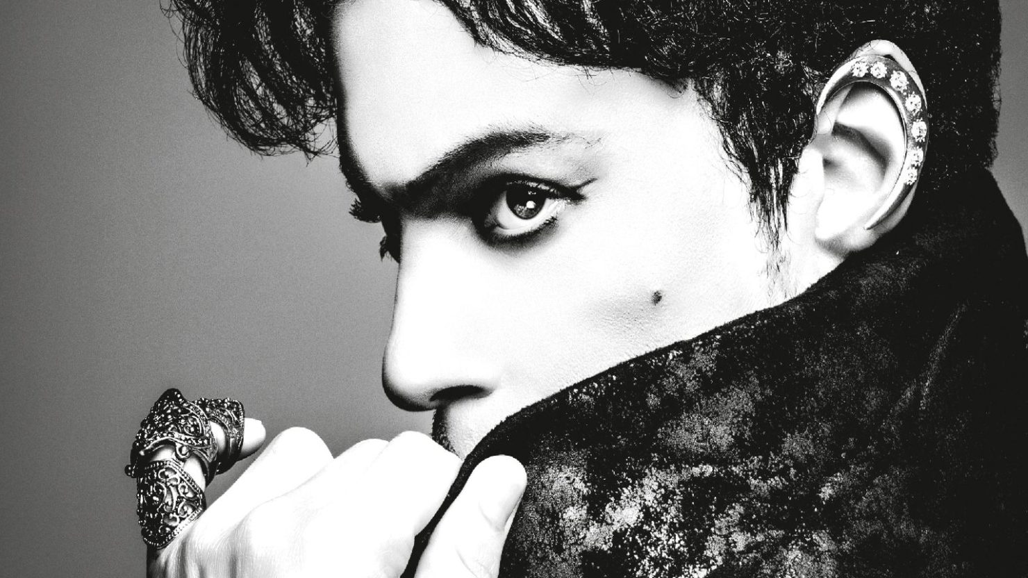 Prince Greatest Hits Album Features Unreleased Track