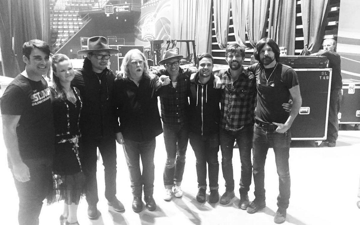 The Avett Brothers & Warren Haynes Recreate Jerry Garcia Band Show In 2016