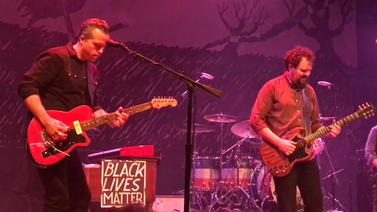 Jason isbell reunites with drive by truckers in nashville for Decoration day jason isbell