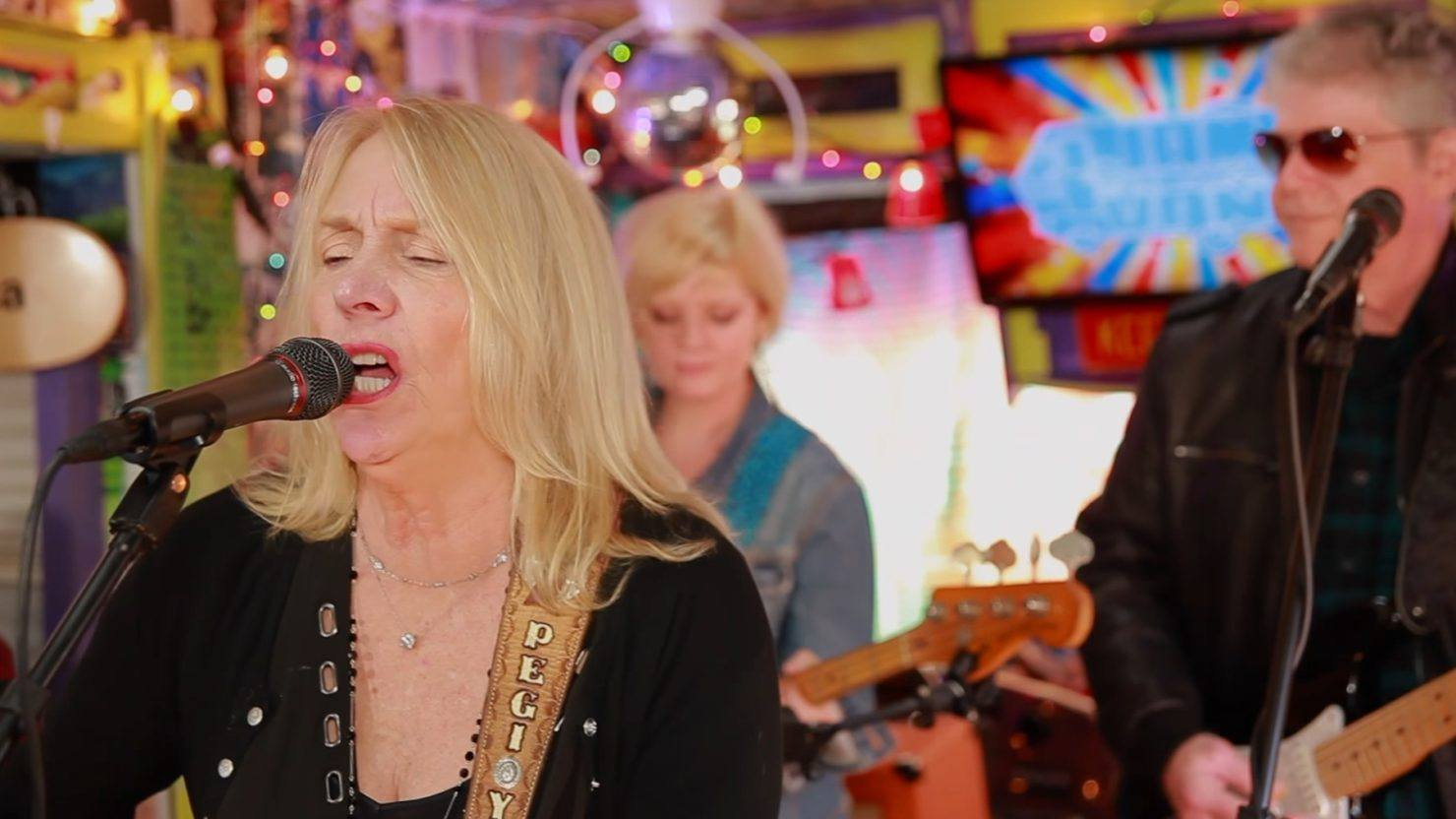 Pegi Young & The Survivors Perform For 'Jam In The Van'