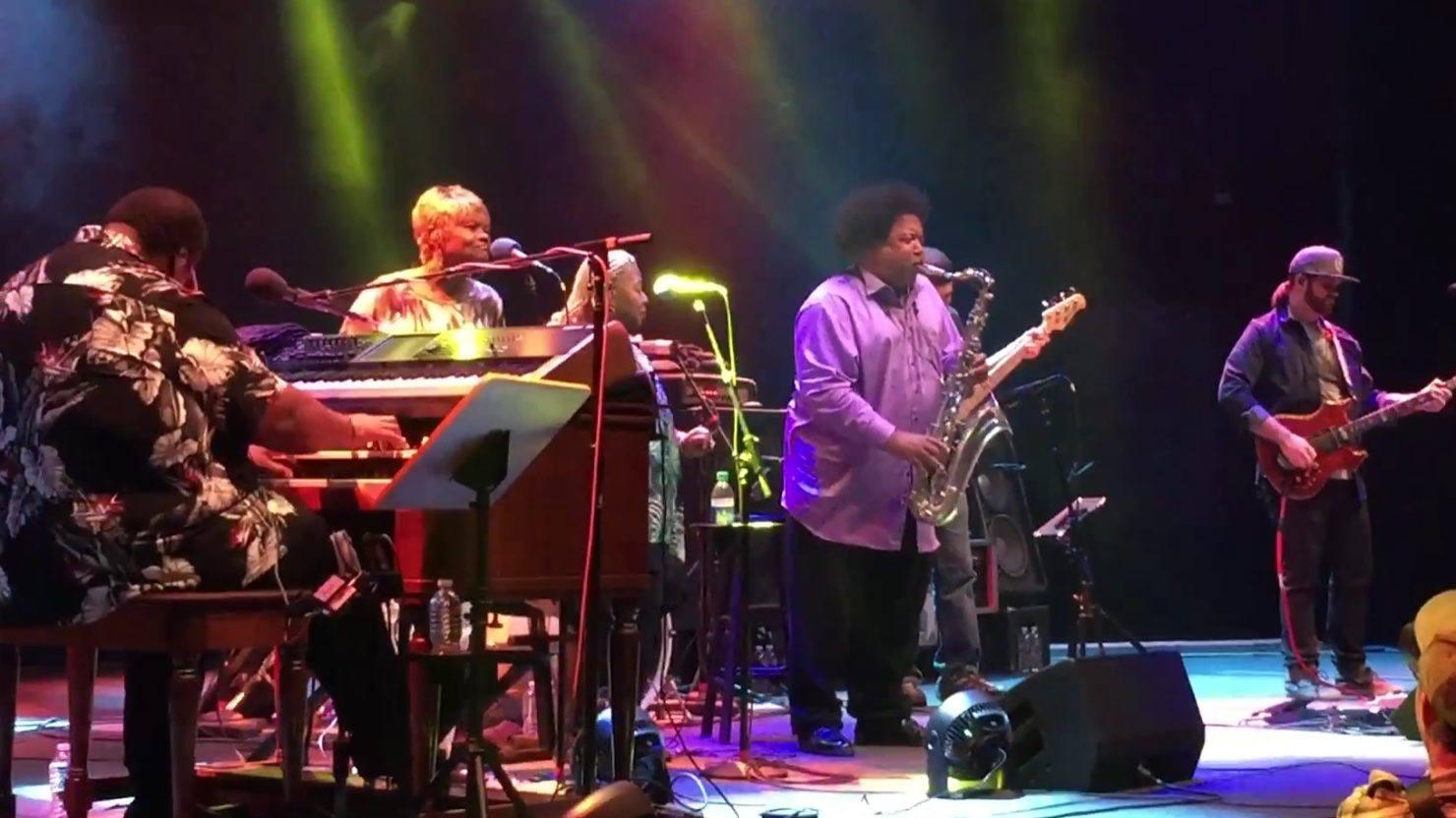 Resultado de imagen de Melvin Seals with JGB Band and Ron Holloway
