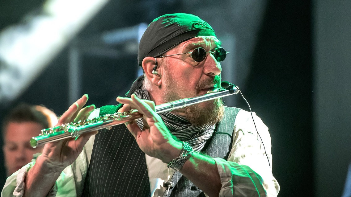 Jethro Tull 2020 Tour Ian Anderson To Celebrate Jethro Tull's 50th Anniversary With