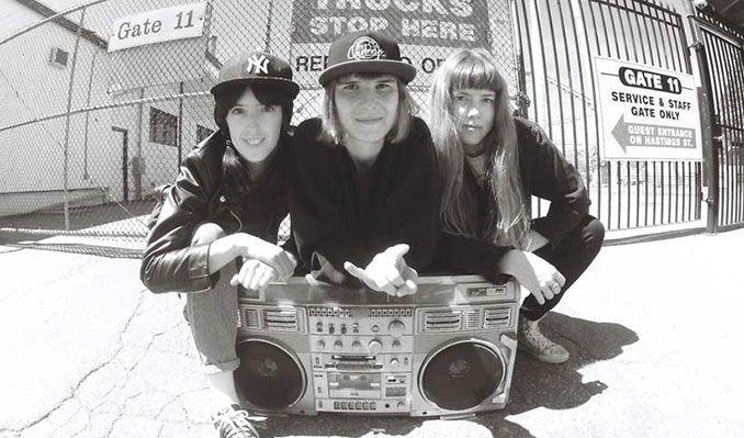 The Courtneys and Ian Sweet