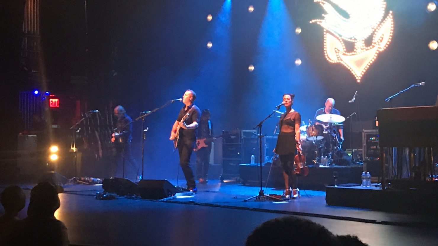 jason isbell amanda shires honor gregg allman at the beacon theatre. Black Bedroom Furniture Sets. Home Design Ideas