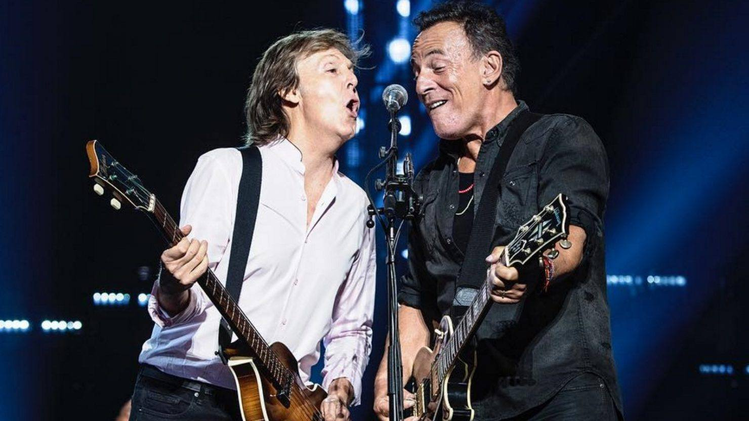 Paul Mccartney Welcomes Bruce Springsteen At Madison Square Garden
