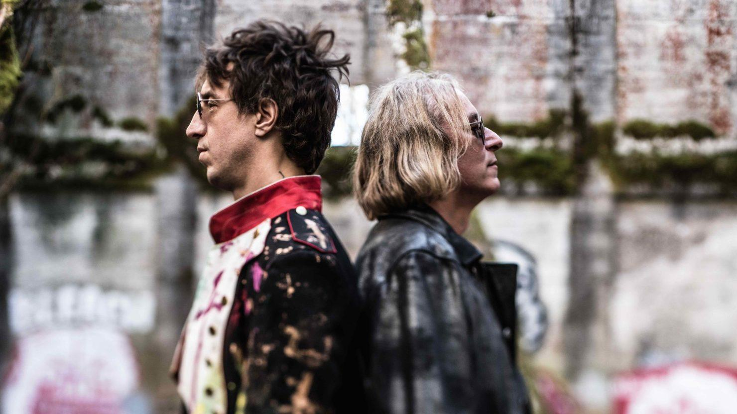 """magician debut albums and arthur 1 album debut for sophomore lp back from the edge arthur spent three weeks  atop the singles chart in september and october with """"say."""