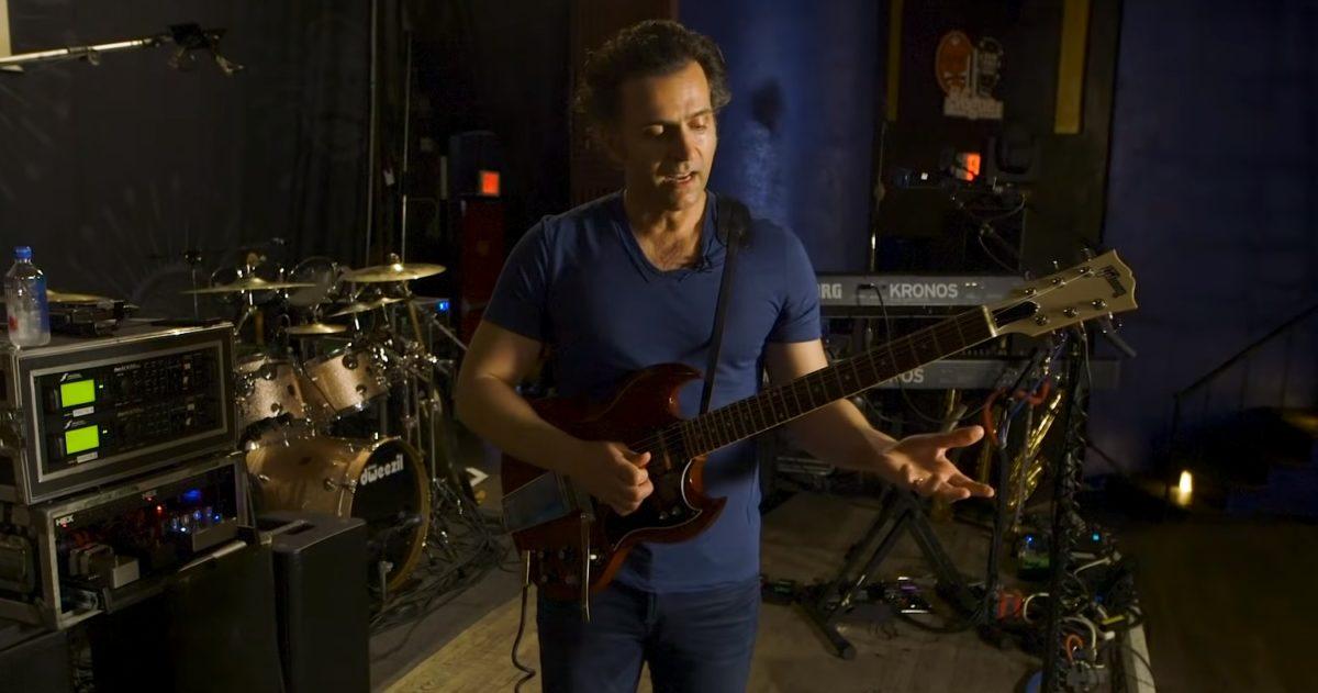 Dweezil Zappa Guitar Rig Screengrab Crop