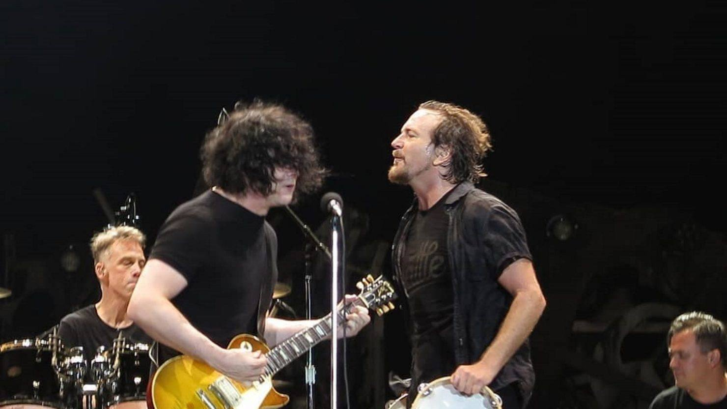 Jack White Guests With Pearl Jam In Portugal