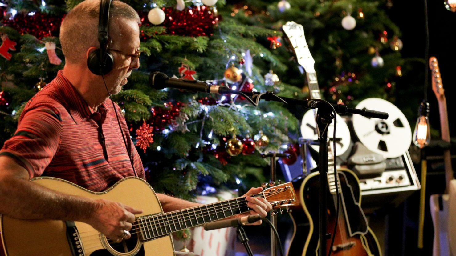 Eric Clapton Announces 1st Holiday Album 'Happy Xmas'