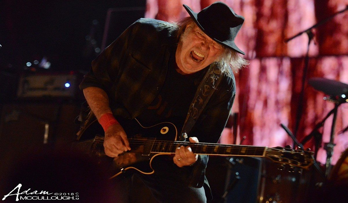Neil Young Crop Live 2018 Farm Aid McCullough