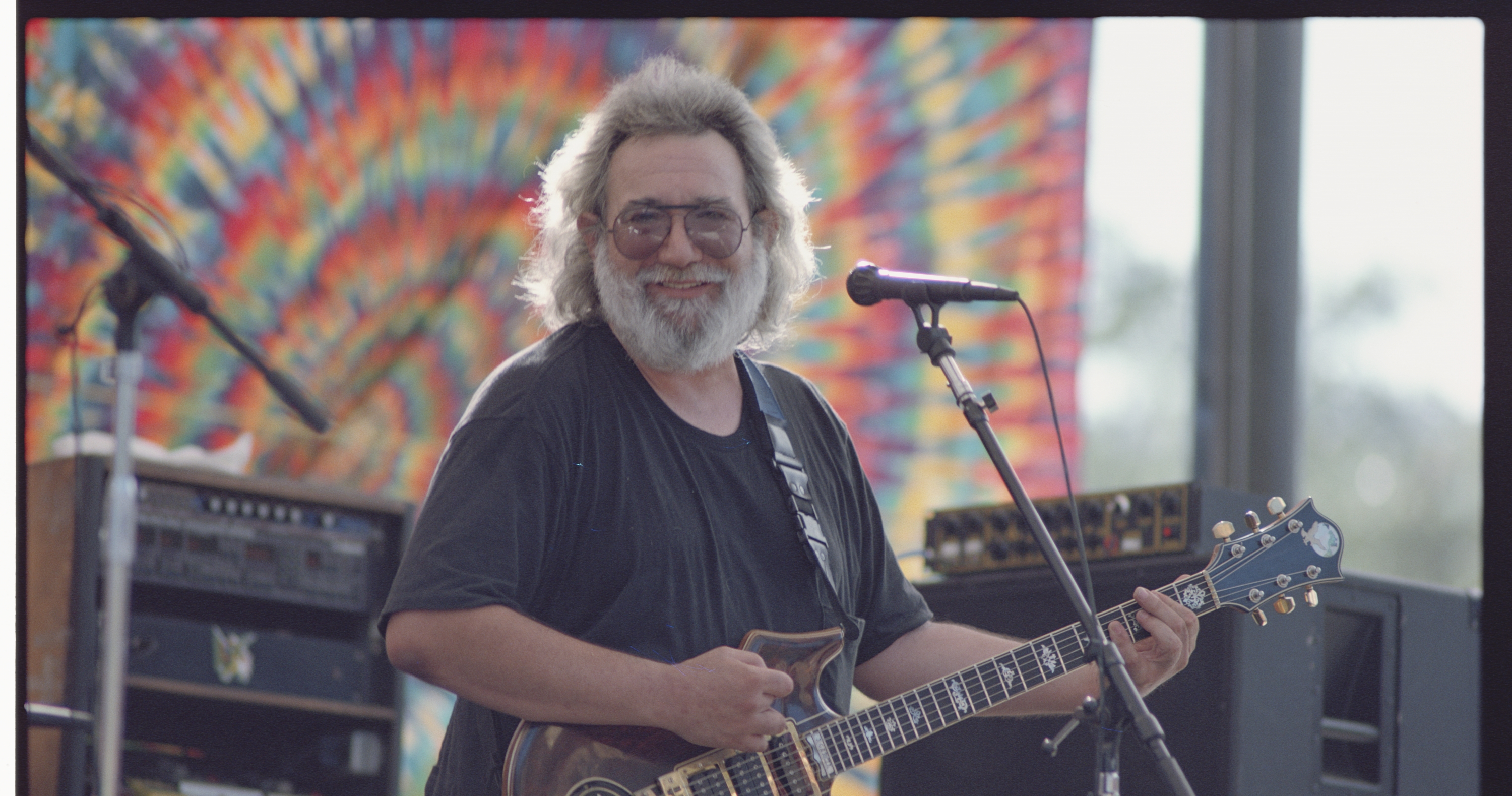 2b04389d [UPDATED] Jerry Garcia Band 'Electric On The Eel' Box Set Due In March