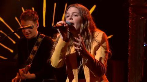 Maggie Rogers Late Show Colbert Burning