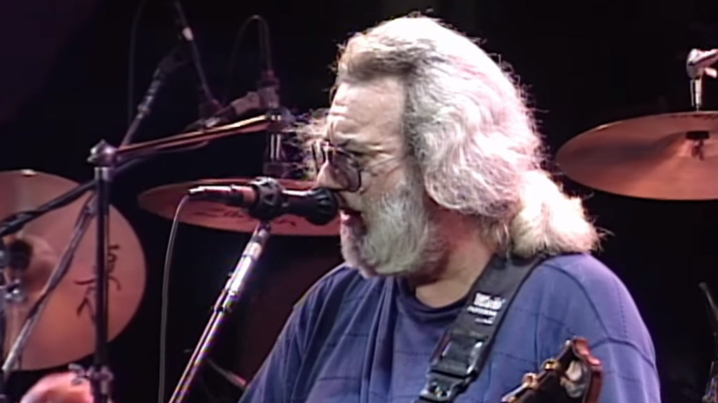 Grateful Dead Delivers 20-Minute 'Foolish Heart' On This Date In 1991