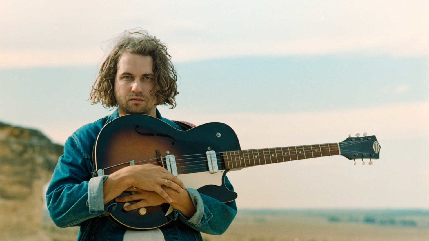 Kevin Morby Shares 'Singing Saw' Outtake 'Dumcane'