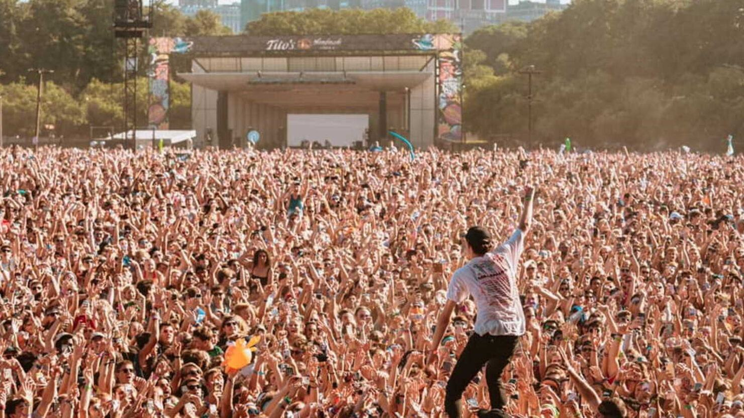 Lollapalooza Chicago 2021: Foo Fighters, Post Malone, Miley Cyrus & More