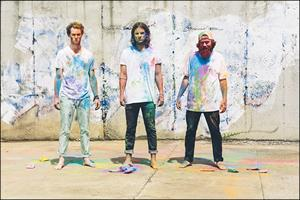 Judah & The Lion and flora cash